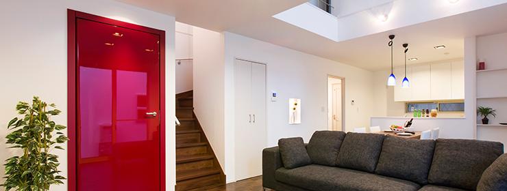 家の風格をワンランク上げるイタリア直輸入のドアを標準仕様